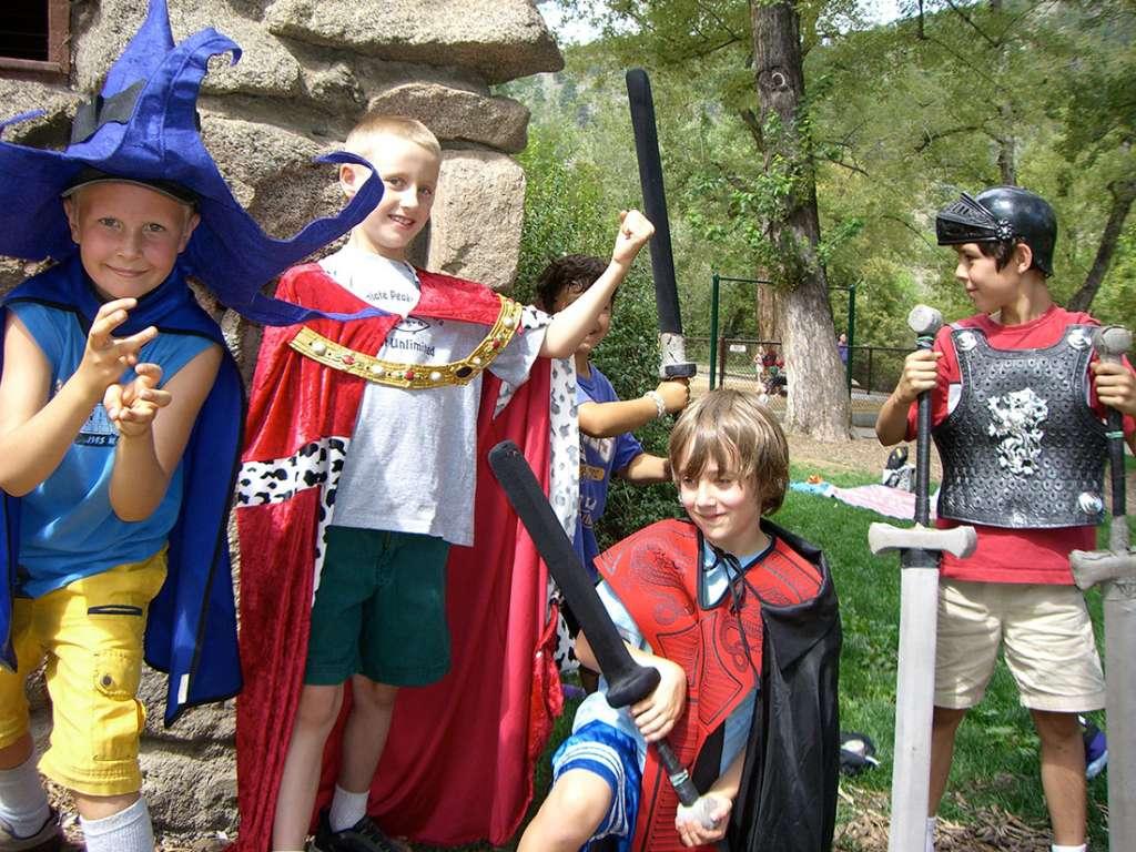 online camp, online, online adventure, online gaming, d&d, dungeons, dragons, reg, role play game, dungeon delver, larp, children activity, online camp for kids, kids online, kids rpg online